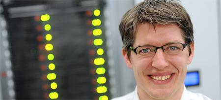 Dr. Johannes Albrecht erhält einen ERC Starting Grant